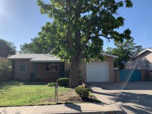 713 VAN BUREN Place SE, Albuquerque, NM 87108
