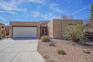 376 La Chamisal Lane NW, Los Ranchos, NM 87107