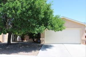 6609 AMBERSIDE Road NW, Albuquerque, NM 87120