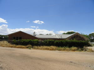 35 MOLINA Road, Peralta, NM 87042