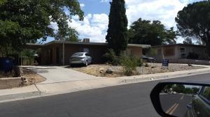 8007 CONSTITUTION Avenue NE, Albuquerque, NM 87110