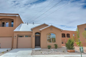1628 Band Saw Drive NW, Albuquerque, NM 87104