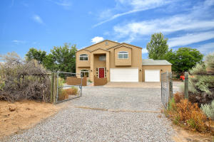 535 N ANGEL Road, Corrales, NM 87048