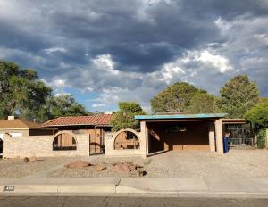 404 GARCIA Street NE, Albuquerque, NM 87123