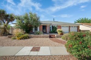 6924 AVENIDA LA COSTA NE, Albuquerque, NM 87109