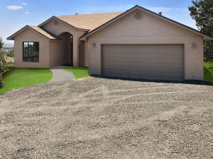 16 RYAN Road, Edgewood, NM 87015