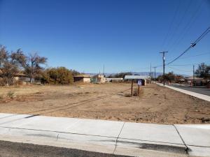 Bernard Avenue, Belen, NM 87002