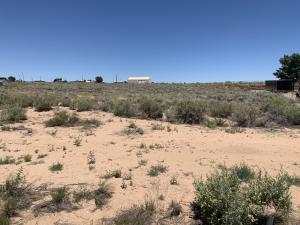 1056 Abrazo Road NE, Rio Rancho, NM 87124