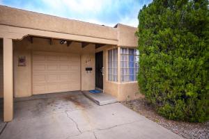 230 Sierra Drive SE, Albuquerque, NM 87108