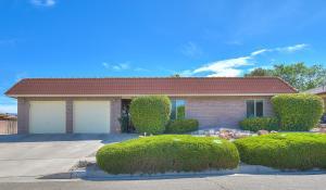 5529 EDWARDS Drive NE, Albuquerque, NM 87111