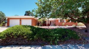 2408 CUTLER Avenue NE, Albuquerque, NM 87106