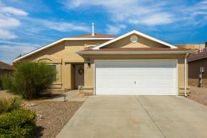 651 STERN Drive NW, Albuquerque, NM 87121