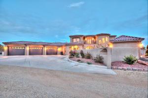 3710 TOWER Road SW, Albuquerque, NM 87121