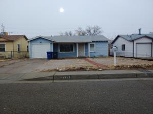 1313 Wilmoore Drive SE, Albuquerque, NM 87106
