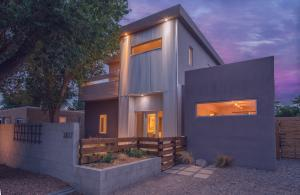 3817 SMITH Avenue SE, Albuquerque, NM 87108