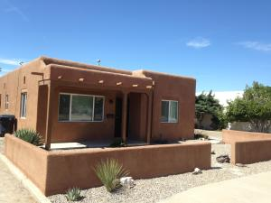 215 MONTCLAIRE Drive SE, Albuquerque, NM 87108
