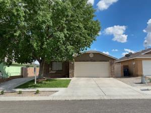 10424 GUTHRIE Avenue SW, Albuquerque, NM 87121
