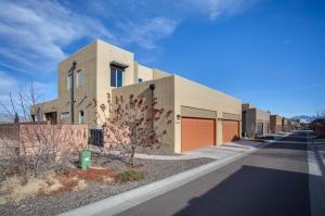5623 University Boulevard SE, Albuquerque, NM 87106