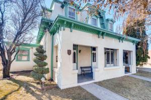 324 READ Street, Santa Fe, NM 87501