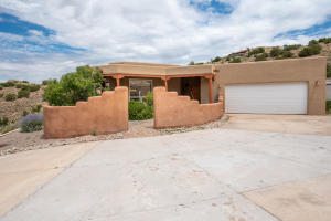 18 CANONCITO Road, Placitas, NM 87043