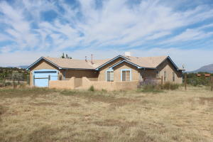 7 CHURCH Road, Edgewood, NM 87015