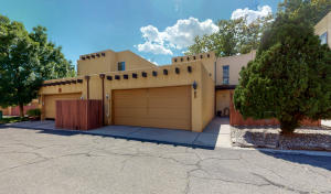 3 CALLE DE LA NOCHE NE, Albuquerque, NM 87109