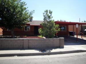 800 ESTANCIA Drive NW, Albuquerque, NM 87105