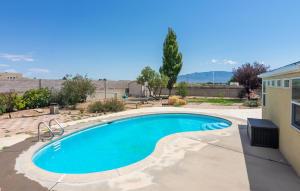 6345 CUESTA Place NW, Albuquerque, NM 87120