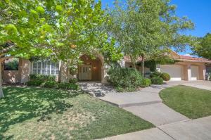 12420 Royal Oak Avenue NE, Albuquerque, NM 87111