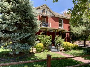 701 ROMA Avenue NW, Albuquerque, NM 87102