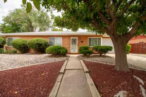 2402 GENERAL MARSHALL Street NE, Albuquerque, NM 87112