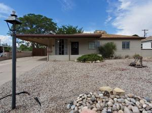 8815 FAIRBANKS Road NE, Albuquerque, NM 87112
