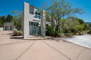 1221 ROCKROSE Road NE, Albuquerque, NM 87122