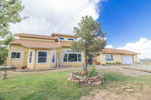 75 Pinto Road, Edgewood, NM 87015