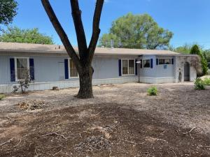 16 LAKEVIEW Street, Los Lunas, NM 87031