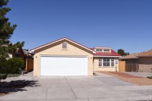 501 SAINT JAMES Place SW, Albuquerque, NM 87121