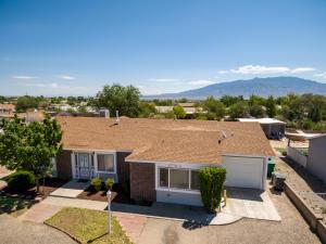 536 PYRITE Drive NE, Rio Rancho, NM 87124