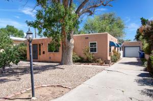 4216 COURTNEY Avenue NE, Albuquerque, NM 87108