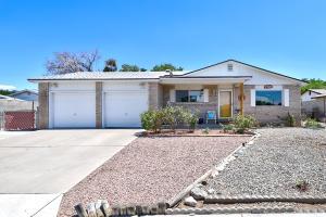 4228 PENELOPE Place NE, Albuquerque, NM 87109