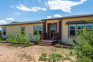 39 ADAMS Road, Edgewood, NM 87015