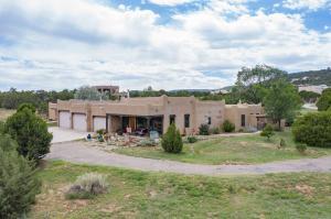 15 WESTERN SADDLE Court, Tijeras, NM 87059