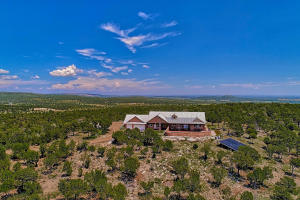 121 Forest Road 321, Tajique, NM 87016