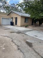 345 GROVE Street SE, Albuquerque, NM 87108