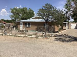 3130 COUNTRY VIEW Road SW, Albuquerque, NM 87105