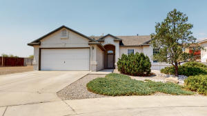 10401 NAPOLI Place NW, Albuquerque, NM 87114