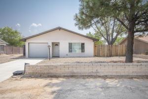 1660 Brenda Road SE, Rio Rancho, NM 87124