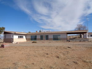 328 E FRONTAGE Road, Algodones, NM 87001