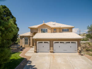 803 WARM SANDS Court SE, Albuquerque, NM 87123