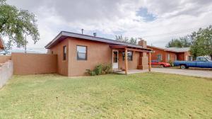 2620 WASHINGTON Street NE, Albuquerque, NM 87110