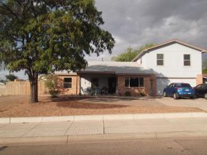 720 Lisbon Avenue SE, Rio Rancho, NM 87124